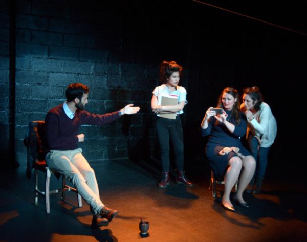 Eric Cotti (Deiphobus), Carolina Do (Cassandra), Giverny Petitmermet (Andromache), Ha Photo