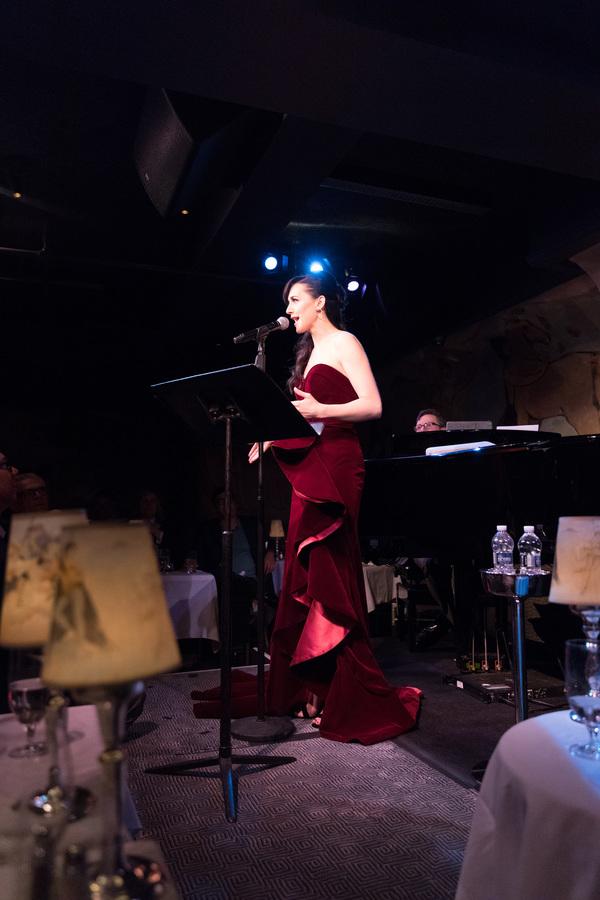 Photo Flash: Lena Hall Rocks Cafe Carlyle
