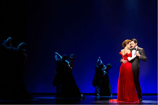 Photo Flash: First Look at Samantha Barks and Steve Kazee in PRETTY WOMAN