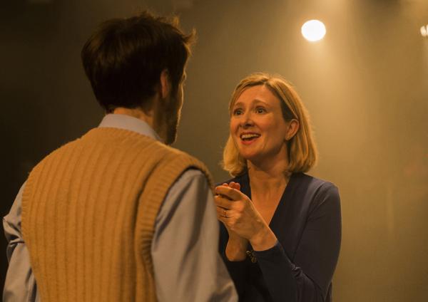 Frances Grey (Viv) Mark Arends (Tom)