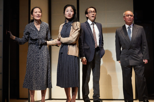 Rosalind Chao, Kae Alexander, Leo Wan, David Yip in The Great Wave by Francis Turnly. Photo by Mark Douet.