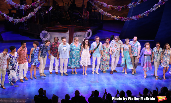 Photo Coverage: Jimmy Buffett Joins the Cast of ESCAPE TO MARGARITAVILLE for Opening Night Bows!