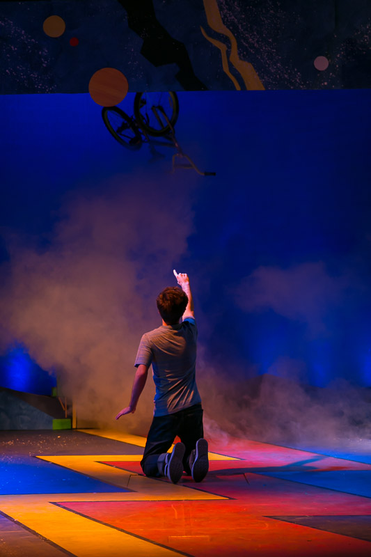 BWW Review:  BOY SEES FLYING SAUCER at The Growing Stage Where Your Imagination Will Take Flight