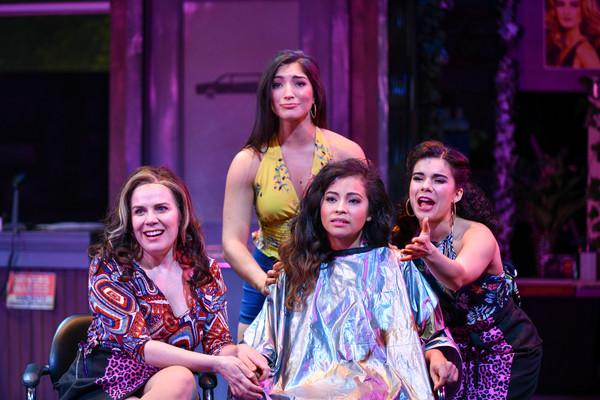 Scheherazade Quiroga (Daniela), Chiara Trentalange (Vanessa), Cherry Torres (Nina) and Iliana Garcia (Carla)