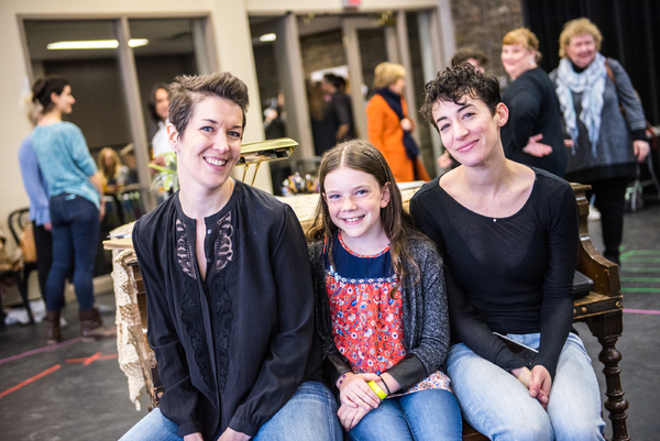 (L-R) Laura Condlln, Hannah Levinson, Sara Farb.  Dahlia Katz Photography