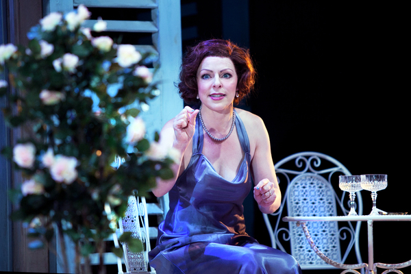 Photo Flash: London Classic Theatre Presents PRIVATE LIVES By Noël Coward