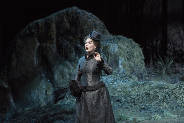 Olga Peretyatko-Mariotti in the title role of Donizetti's 'Lucia di Lammermoor.' Photo: Jonathan Tichler / Met Opera