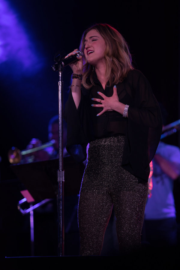 Photo Flash: Jessica Vosk, Abby Mueller and More Sing Rihanna at Highline Ballroom