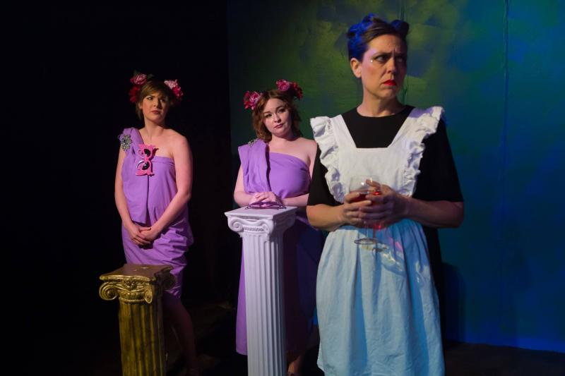 BWW Review: INTERNATIONAL DELIGHTS Takes You on an Emotional Journey to Love at THEATRE DOWNTOWN