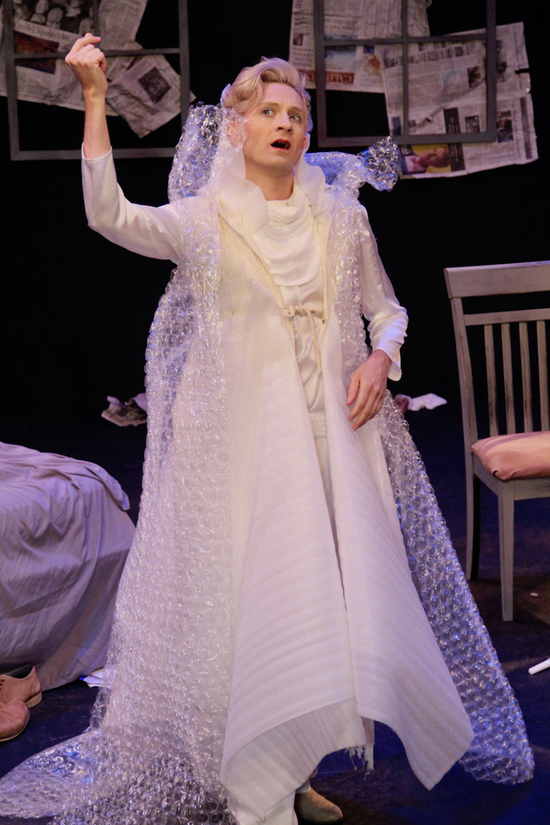 BWW Review: Tilda Swinton Moves Into The Laurie Beechman In The Absurd and Exquisite TILDA SWINTON ANSWERS AN AD ON CRAIGSLIST