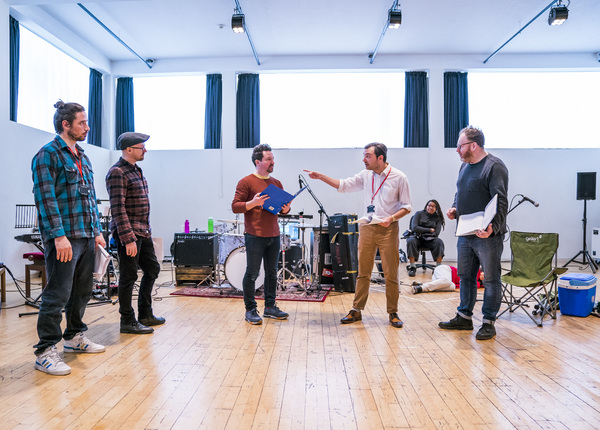 Rehearsal photographs showing A Midsummer Night's Dream @ Lyric Theatre, Hammersmith. Directed by Sean Holmes. (Taken 28-03-18) ©Tristram Kenton 03-18 (3 Raveley Street, LONDON NW5 2HX TEL 0207 267 5550  Mob 07973 617 355)email: tristram@tristramkenton.c