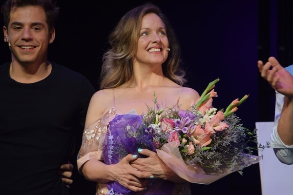 BWW Review: ALICE RIPLEY FROM BROADWAY TO  Teatro Astral