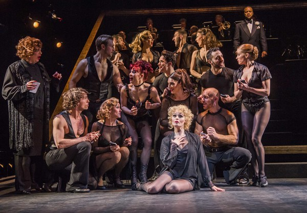 Photo Flash: First Look at Cuba Gooding, Jr. and the Cast of CHICAGO