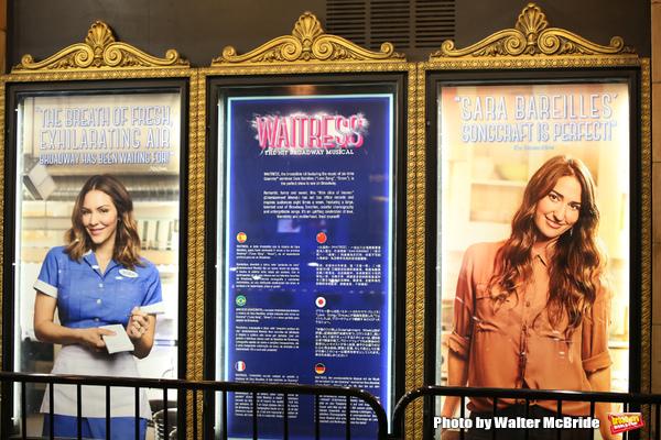 Photos Easy As Pie Katharine Mcphee Makes Her Broadway Debut In Waitress