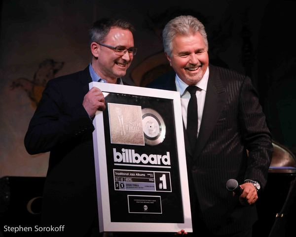 Kevin Gore, Pres. Arts Music Warner Music Group & steve tyrell