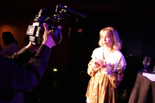 Photos: Richard Skipper Brings an Evening of Life In The Theater to the Beechman