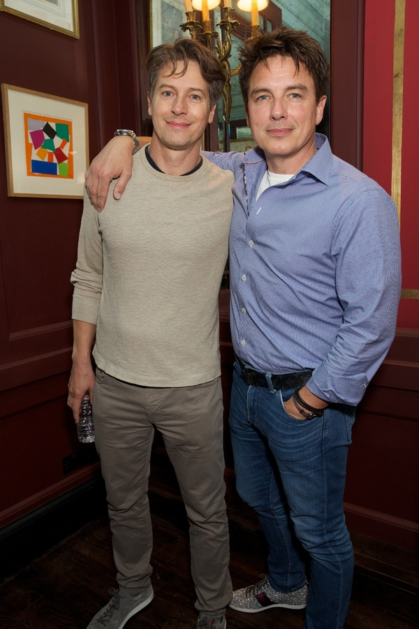 Scott Gill & John Barrowman  Photo