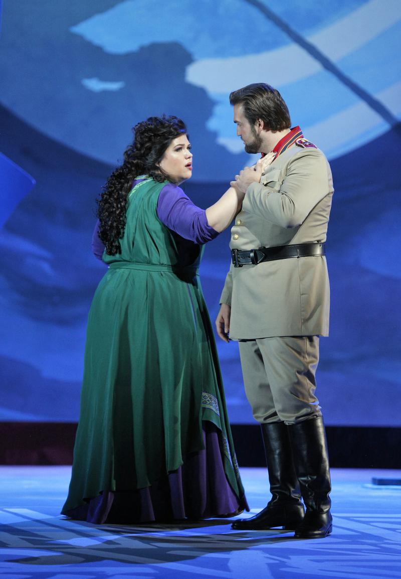 BWW Interview: Leah Crocetto Sings It All