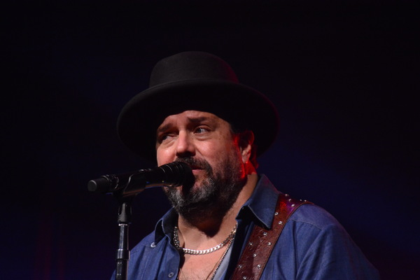 Photo Coverage: THE MAVERICKS Play The Bergen Performing Arts Center