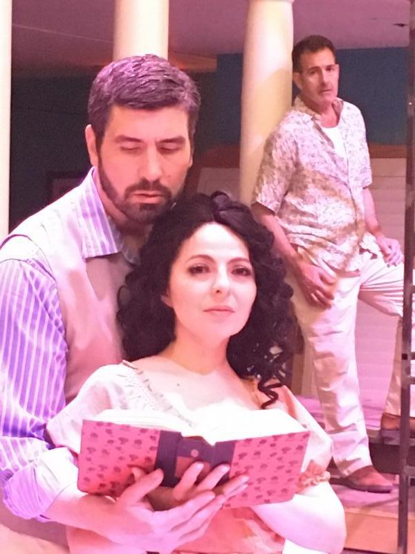 anna in the tropics a review The story: anna in the tropics is a poignant and poetic new play set in florida in 1929 in a cuban–american cigar factory, where cigars are still rolled by hand and lectors are employed to educate and entertain the workers.