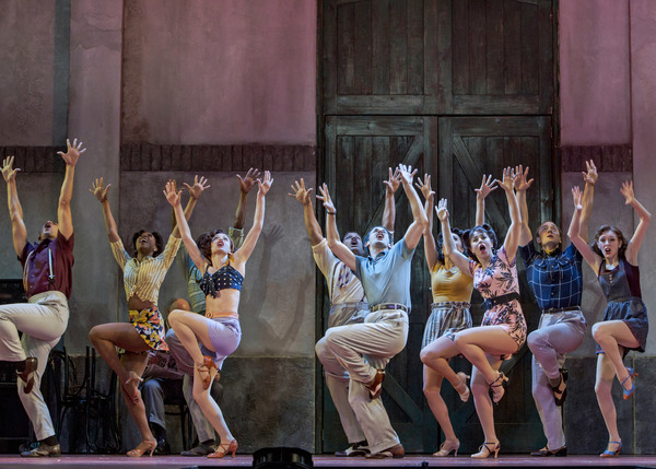 The company of Kiss Me, Kate at The 5th Avenue Theatre