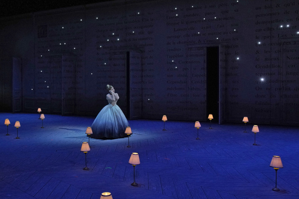 A scene from Massenet's Cendrillon. Photo: Ken Howard / Met Opera