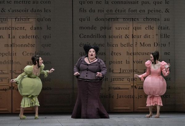 Maya Lahyani as Dorothée, Stephanie Blythe as Madame de la Haltière, and Ying Fang as Noémie in Massenet's Cendrillon. Photo: Ken Howard / Met Opera