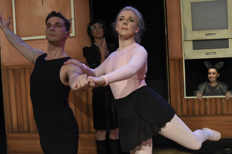 BWW REVIEW: Wonderfully Whimsical And Utterly Inspiring, JOSEPHINE WANTS TO DANCE Proves Anything Is Possible If You Really Want It