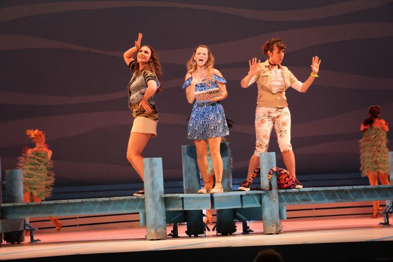 BWW Review: Riverside's MAMMA MIA! is Absolutely Absurd, but Giddily Entertaining