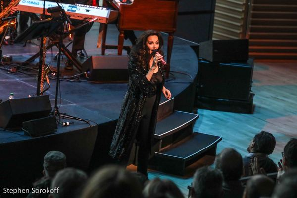 Photo Coverage: Lynda Carter Brings Red Rock n' Blues to Jazz at Lincoln Center