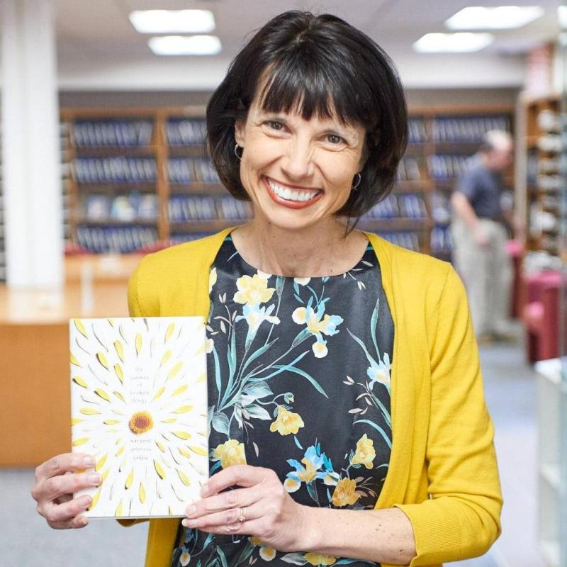 BWW Previews: Margaret Peterson Haddix Twitter Takeover, 4/23 7-9 Pm!