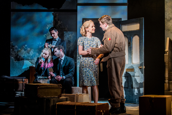 Ella Dunlop (Gemma) Gary Wood (Harry) Andy Coxon (Ed) Lauren Hall (Anna) Craig Mather Photo