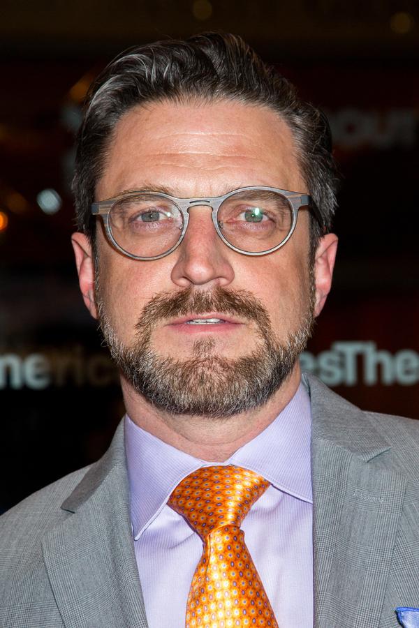 Raul Esparza