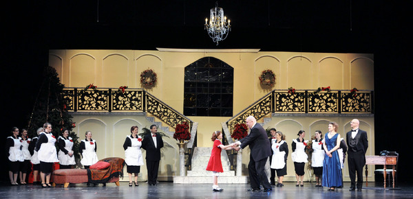 BWW Review: ANNIE at CANTON VILLAGE THEATRE Thrills Patrons