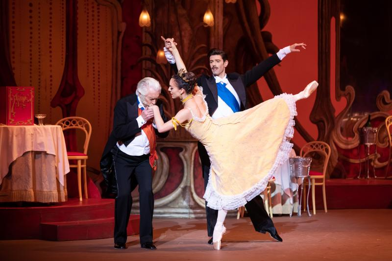BWW REVIEW: The Australian Ballet Brings Back Beautiful Romantic Comedy THE MERRY WIDOW To Delight A New Generation