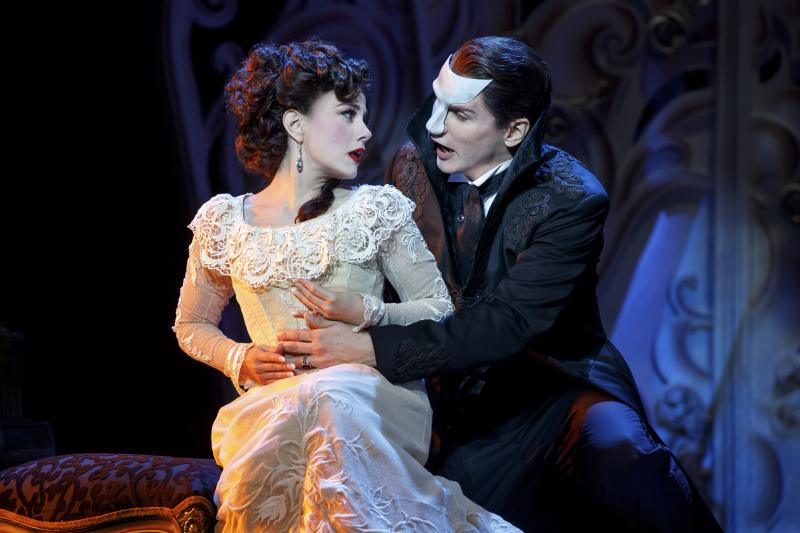 BWW Review: The Phantom Stages A Comeback in LOVE NEVER DIES at Segerstrom Center