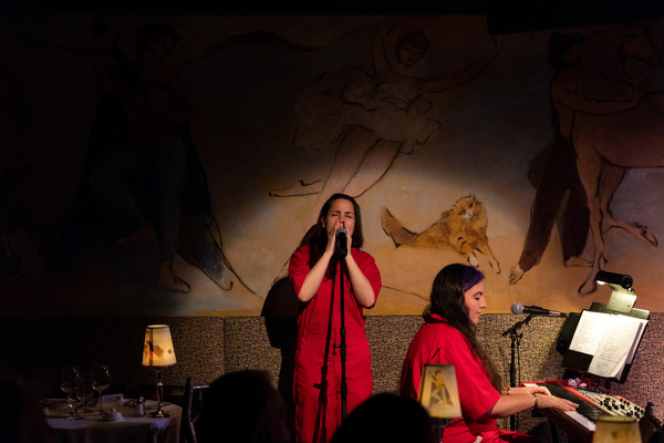Photo Flash:Nancy and Beth (Featuring Megan Mullally and Stephanie Hunt) Make Cafe Carlyle Debut