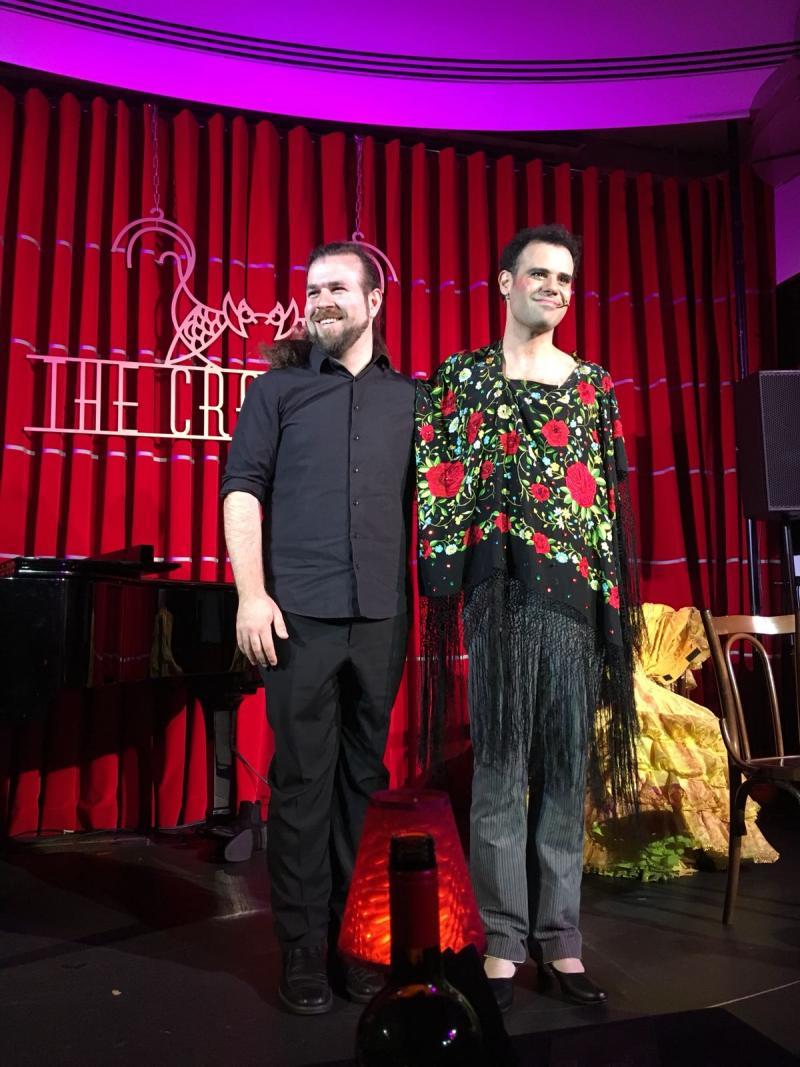 Joan Vázquez triunfa en el estreno de PAQUITO FOREVER en Londres