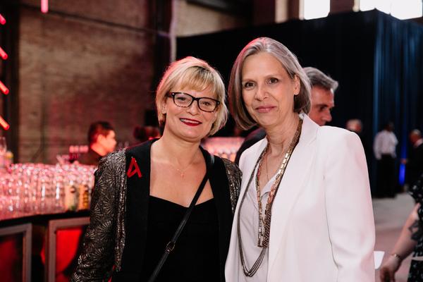 Martha  Plimpton  and  Amy  Morton