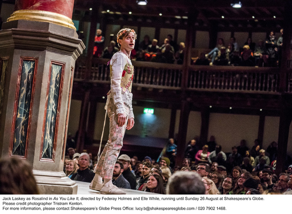 A scene from As You Like It by William Shakespeare @ Shakespeare's Globe. Directed by Federay Holmes and Elle While. (Opening 17-05-18) ©Tristram Kenton 05-18 (3 Raveley Street, LONDON NW5 2HX TEL 0207 267 5550  Mob 07973 617 355)email: tristram@tristram