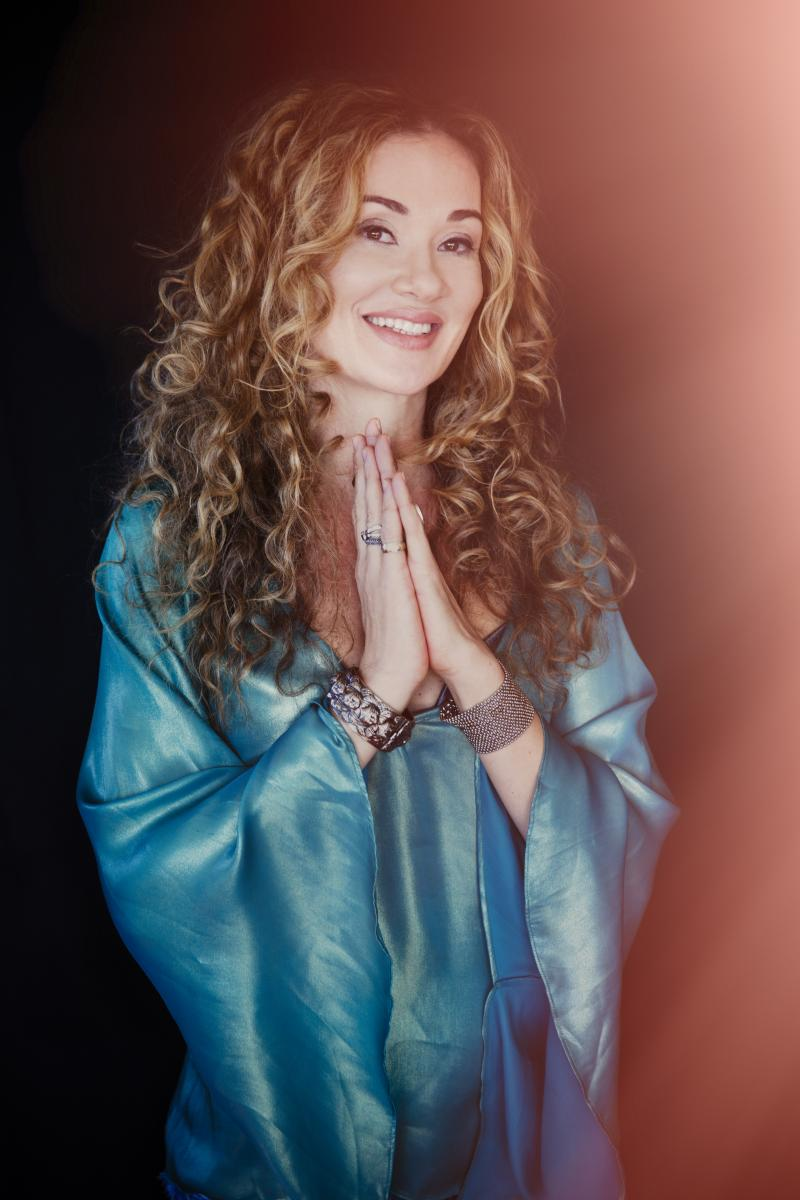 BWW Interview: Dana Fuchs, Get Along Records Release 'Love Lives On'