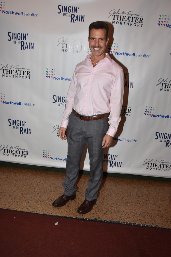 Photo Coverage: The Cast of SINGIN' IN THE RAIN Celebrates Opening Night