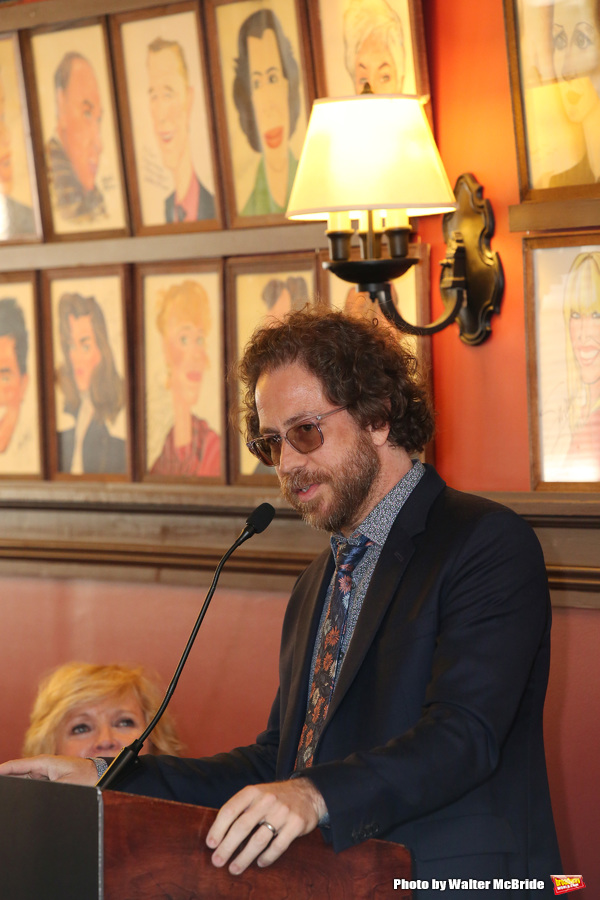 Jonathan Coulton Photo