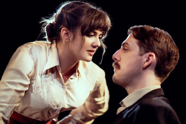 Ellie Nunn (Minnie Gascoyne) Harry Hepple (Luther Gascoyne)