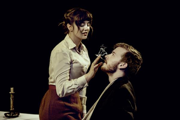 Ellie Nunn (Minnie Gascoyne) Matthew Biddulph (Joe Gascoyne)