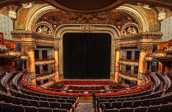 Photo Flash: First Look at the Refurbished Emerson Colonial Theatre, Future Home to Broadway-Bound MOULIN ROUGE!