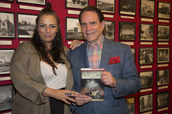 Big Bang Theory's Alice Amter and Rich Little Photo