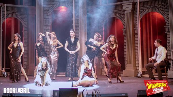 Las chicas de Guido: Patrizia Ruiz, Chanel Terrero, Marcela Paoli, Idaira Fernández, Ma.José Garrido, Chus Herranz y Angels Jiménez