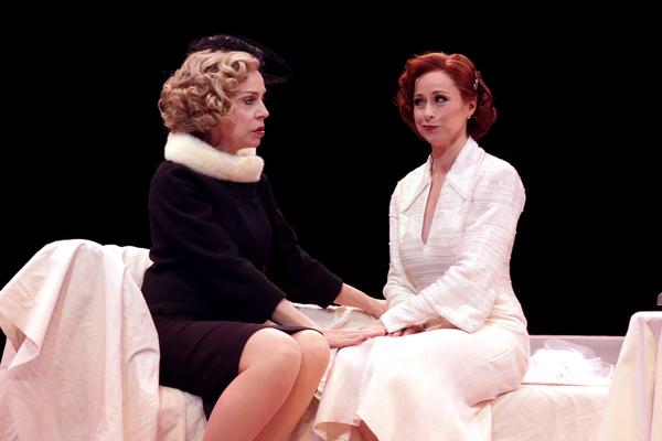 Ellen Harvey (Vera Charles) and Paige Davis (Mame Dennis)