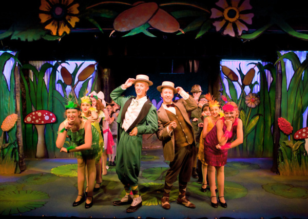 Photo Flash: A YEAR WITH FROG AND TOAD KIDS Opens This Weekend